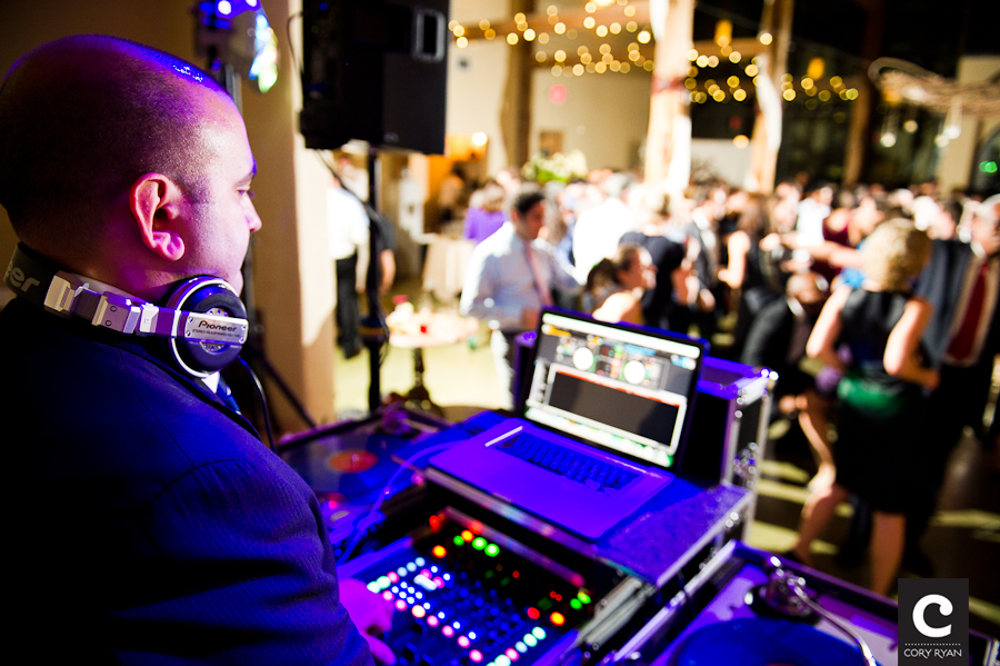 Why Choose DJ in Houston over a Band for Wedding Reception in Houston?
